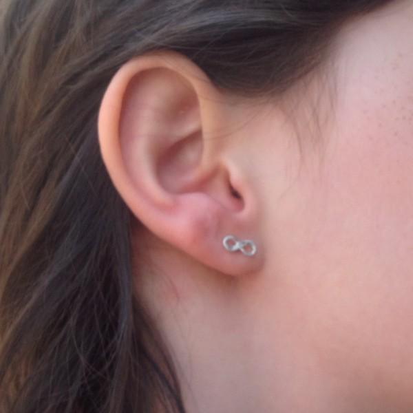 Earrings k-INFINITE