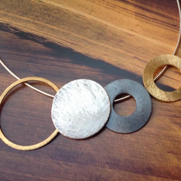 Collar Katia Circles