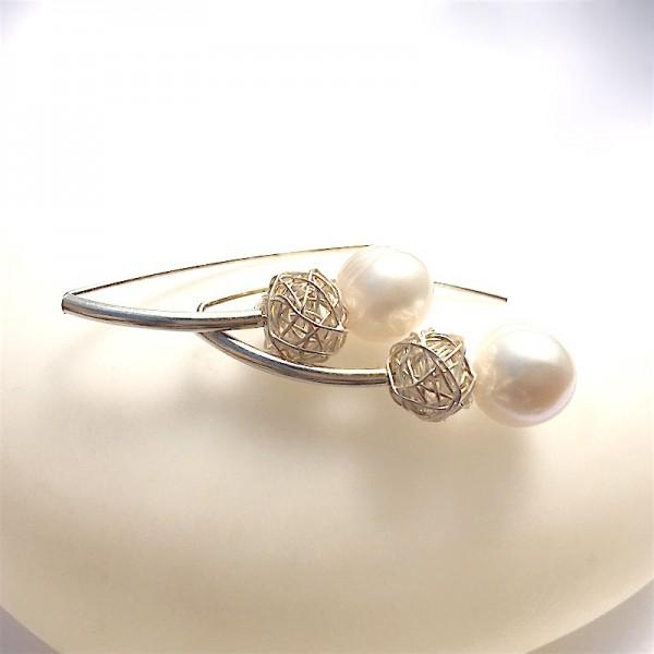 Alba Niu earrings